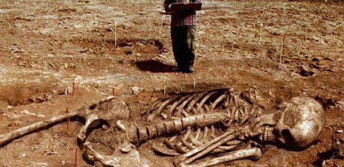 Σκελετοί γιγάντων 2α